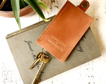 Veg tan upcycled leather key holder
