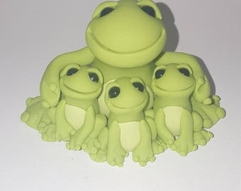 Polymer clay Mothers day frog family