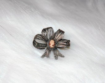 Beautiful Vintage Antique 800 Silver Filigree Bow Pin With Cameo...1920's - 1930's...Jewelry...Pin