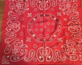 Vintage classic Fast Color Red Bandana / fast Color Red Bandana / Trunk Up