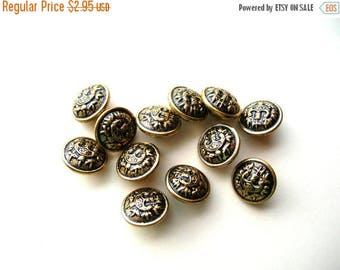 Vintage Buttons - Button Lot - Metal Buttons - - Vintage Brass Buttons - Brass Button Lot - 15mm Buttons - Military Buttons