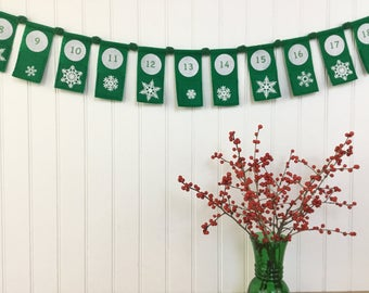Christmas Advent Calendar Bunting Garland White Snowflake Green Felt Pom Pom Yarn Eco Earth Friendly 6 1/2 ft 24 Flags Wall Decor