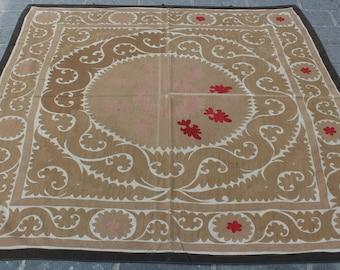 4.95' x 5.25' Suzani Vintage Suzani Old Embroidery Suzani Wall Hanging Uzbek Suzani Table Cover Ethnic Suzani FAST SHIPMENT with ups - 10978