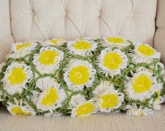 vintage crochet daisy chain afghan, honeycomb design, large throw blanket