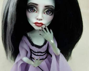 Custom Classic Monster doll by Skeriosities