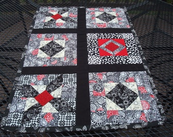 Table Runner/Wall Hanging