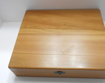 Vintage Double Hinged Wooden Box (BP) (S)