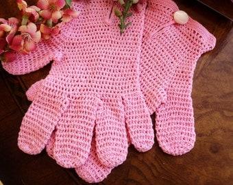 Child's Vintage Hand Crocheted Gloves, 1930's Little girls Gloves, Vintage Child Accessory, Flower Girl Gloves, Easter Gloves, Pink Gloves