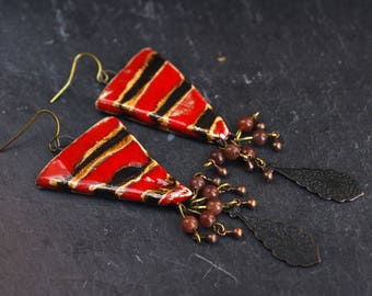 black red striped earrings triangle dangle aventurine bead cluster earrings aged patina flowery tear drop charm boho chic bohemian