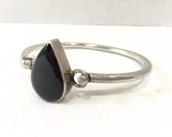 Sterling Silver 925 Hinged Hook Bangle Bracelet with Tear Drop Black Onyx Stone - Southwester Navajo Style Fine Jewelry Gift for Her