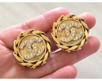 Vintage 80s Chanel CC Crystal Curb Chain Clipped On Earrings