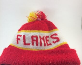 Atlanta Flames knit cap pompom hat toboggan beanie Hockey team sports memorabilia Georgia 80s
