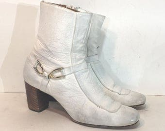 1960s white leather ankle boots - size 7 AA - 1960s chelsea boots - 1960s white leather boots - 1960s ankle boots - 1960s white mod boots