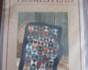 Hearts and Hourglass Little Quilt Pattern
