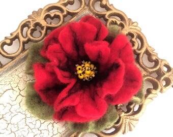 Red Poppy Felted Flower Brooch Pin,Wool Felt, Felted Wool, Felt Brooch, Flower Brooch, Pin, Felt Flower Pin, Beaded Flower, Handmade