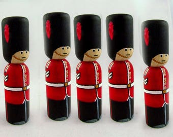 Set of 5 Buckingham Palace Guard Peg Doll - British Guard Peg Doll - British Peg Doll - Wooden Peg Doll Guard -4 inch high lathe turned pegs
