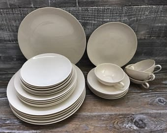 Vintage 28 Piece Franciscan Fine China Set Dinner Salad Bread Dessert Plates, 4 Cups Saucers, Gladding, McBean & Co, Made in California