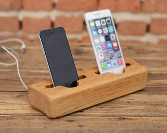 h lzerne iphone 6 stand docking station elm holz von. Black Bedroom Furniture Sets. Home Design Ideas