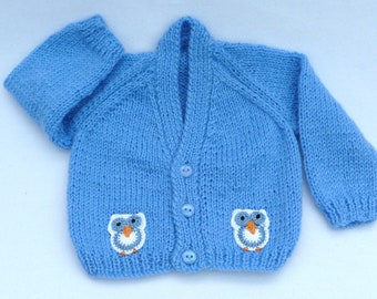 Baby sweater. Hand knitted dark blue baby cardigan to fit a  0 to 3 months baby. Baby clothes, baby gift, baby shower.