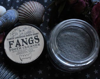 fangs / powder tooth cleanser