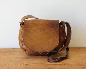 Vintage Leather Boho Saddle Bag/ 1970s Distressed Leather Hippie Shoulder Bag/ Western Leather Handbag Purse 081216