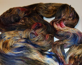 Hand Dyed 75/25% SW Merino Wool/Nylon DK/Light Worsted Weight Yarn - 'Spice Islands'