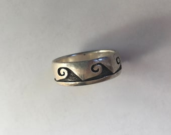 Peter Stone wave ring, size 8