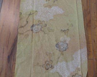 SF1566 Plum Blossoms on Golden Green Silk