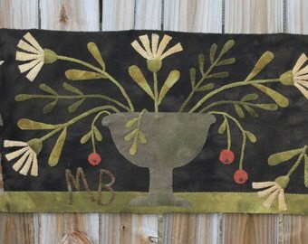 Primitive Wool Applique Runner - Old Settlement by Maggie Bonanomi - Choose Pattern Only or Pattern with Wool Kit