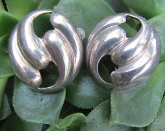 Vintage Meican Sterling Silver Clip On earrings Taxco Mexico Mid Century Modern