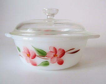 Anchor Hocking Fire King Gay Fad Peach Blossom One Pint Covered Casserole