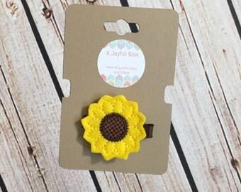Sunflower hair clip, sunflower feltie, simple clips, toddler hair clips, sunflowers, summer, spring