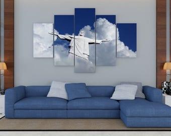 Cristo Redentor en las nubes