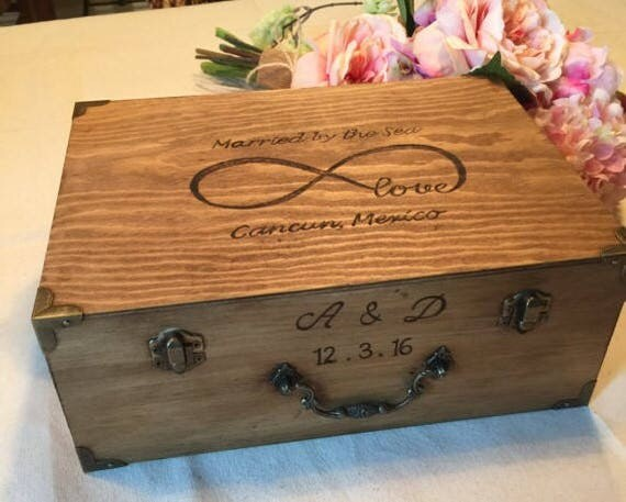 ... Gift - Memory Box - Time Capsule - Love Letter box - Wedding Gift