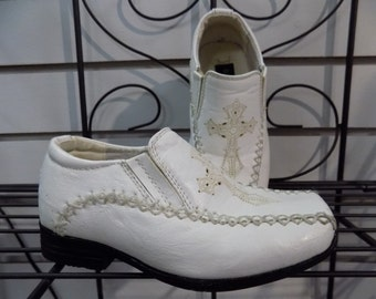 Vintage Boys BONA FINI White Leather Slip On Cross Design Dress Shoes Sz 5