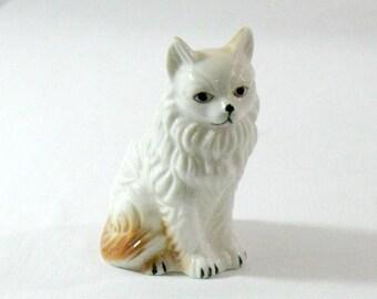 Long Haired Vintage White and Orange Cat Figurine, Lego Taiwan, 1950's era, lot 17