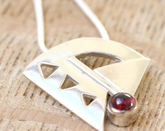 Bali Silver Pendant, Silver Pendant with Garnet -  Chain included - FREE UK DELIVERY