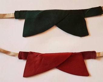 Set of two Original 1940s Bow Ties - Vintage Gentleman' s Bow Ties - Dark Green and Dark Red