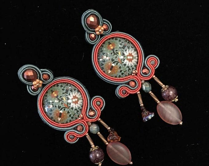 Green soutache earrings