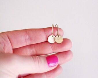 Maelynn - Gold Hammered Disc Earrings