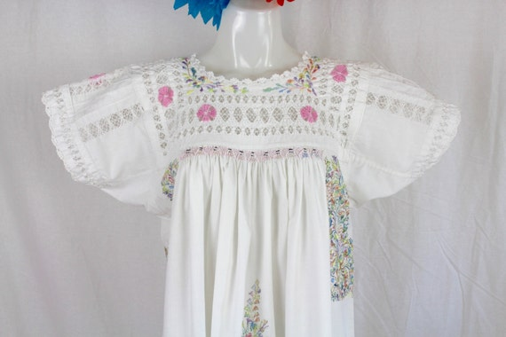 Sale vintage traditional mexican oaxaca wedding dress white for Mexican wedding dresses for sale