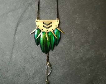 Collar bib short Elytra beetle