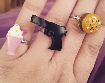 Pulp Fiction themed adjustable silver plated ring set with Pistol, 5 Dollar Shake and Big Kahuna Burger Kitsch