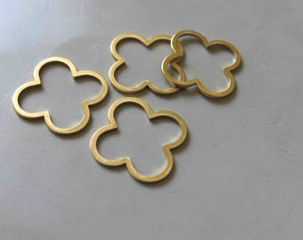 20pcs Raw Brass Floral Rings , Charms 26mm - F445