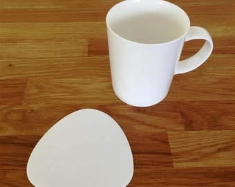 Pebble Shaped White Gloss Finish Acrylic Coasters