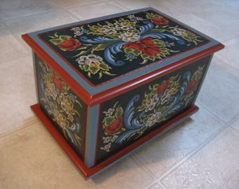 Norwegian Rosemaled Chest