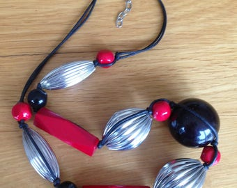 Necklace - large and chunky marbled long bead necklace red  silver and black