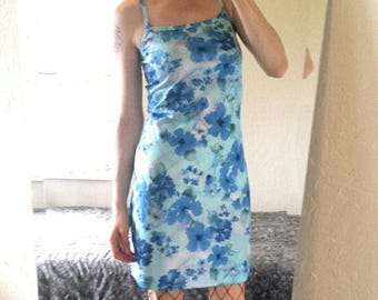 Blue 90s tropical floral spring summer dress