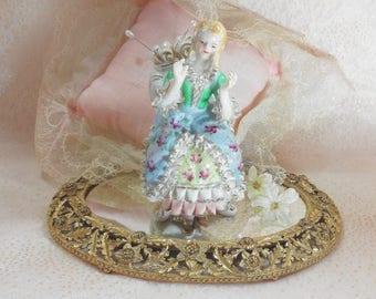 Vintage Lady Ruffled Dress