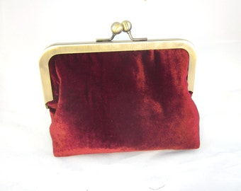 Burgandy Velvet Clutch Purse with Kiss-Lock Frame, 6-inch